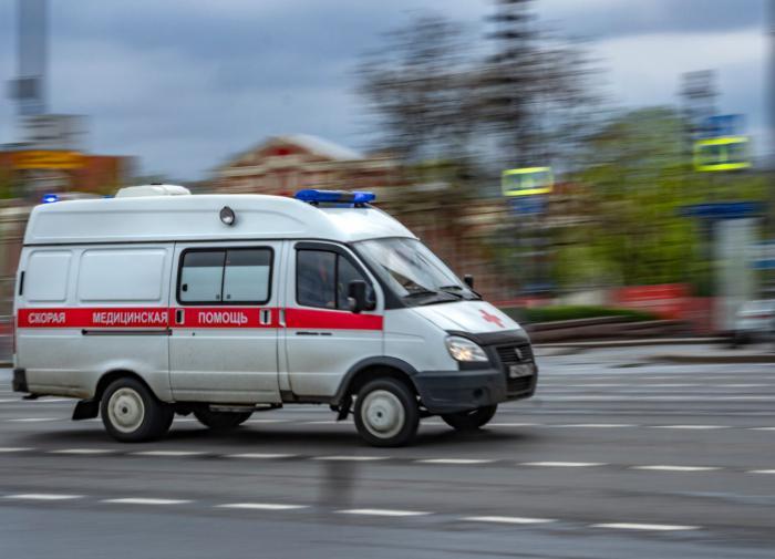 Пятилетний мальчик выпал из окна пятого этажа в Смоленске