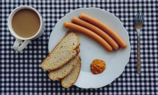 Эксперты перечислили продукты, которые вредно есть в сыром виде