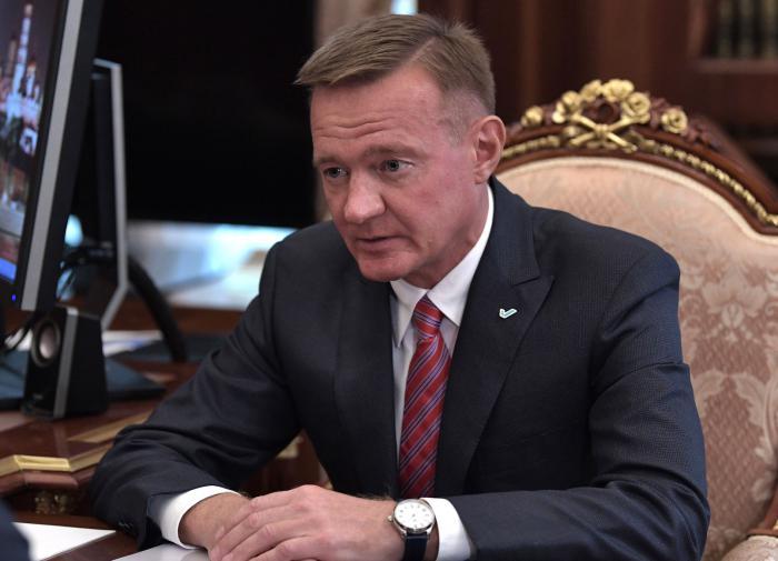 Курский губернатор жетско борется с неграмотностью подчиненных