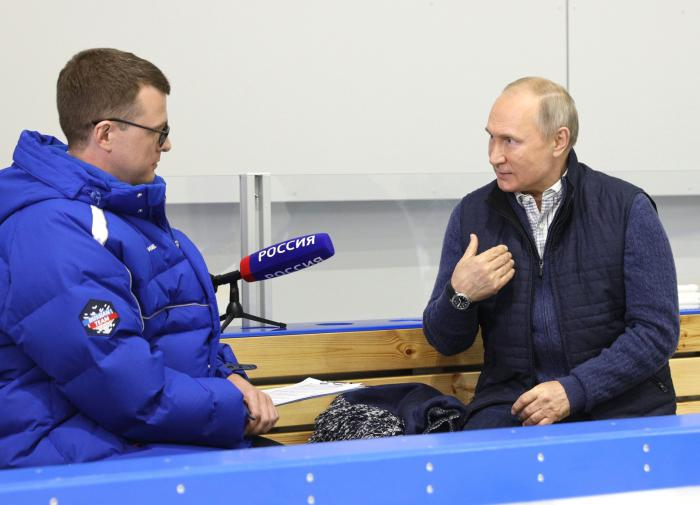"""""""Они черепа компасом будут мерить?"""" - Путин о новом украинском законе"""