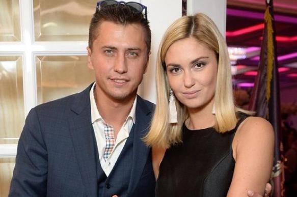 Павел Прилучный объявил о разводе с женой