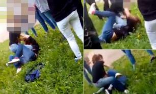 Подмосковные школьницы избили одноклассницу. ВИДЕО