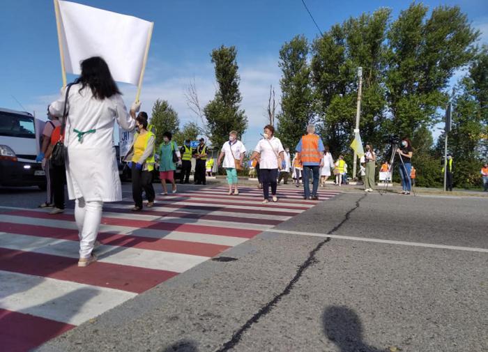 Медики Львовской области митингуют из-за долгов по зарплате