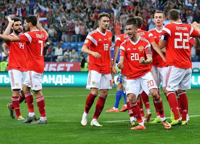 Задача Дюкова: сборная России - в топ-10 рейтинга ФИФА к 2030 году