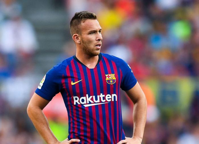 """""""Барселона"""" обменяла Артура на Пьянича: зачем это каталонцам?"""
