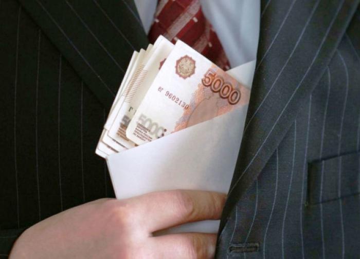 Начальника отдела полиции заподозрили в получении взятки в Иркутске
