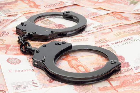 Менеджер банка похитила у клиентов свыше 33 тыс. рублей в Перми