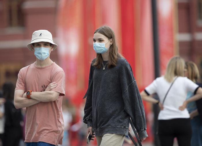 Жители всех регионов России подхватили коронавирус