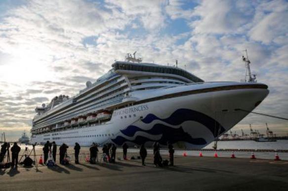 Второй гражданин РФ заразился коронавирусом на лайнере Diamond Princess