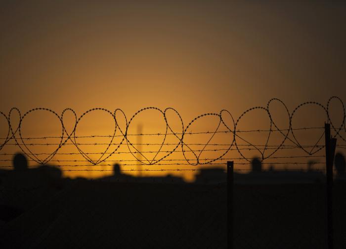 Латвия отгородится от Белоруссии забором из колючей проволоки