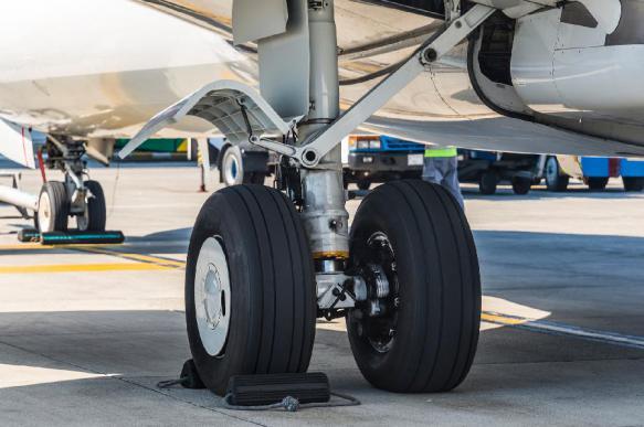 Самолет из Махачкалы повредил шасси при посадке во Внукове