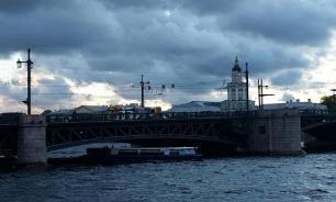Монтажник погиб в Санкт-Петербурге во время шторма