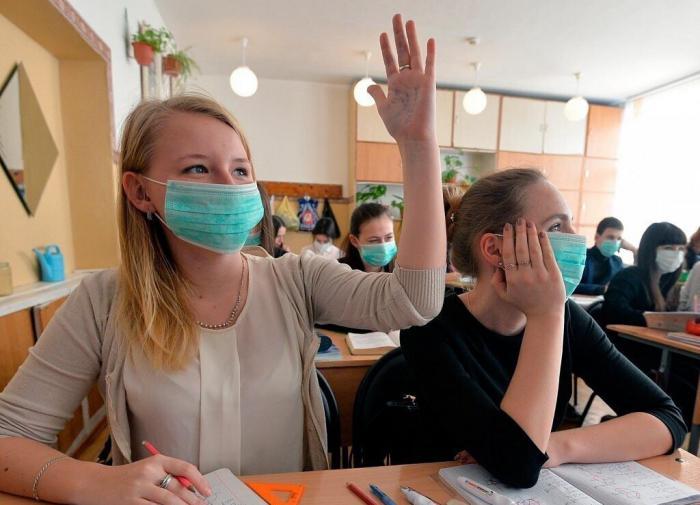 В московских школах возобновляется очное обучение