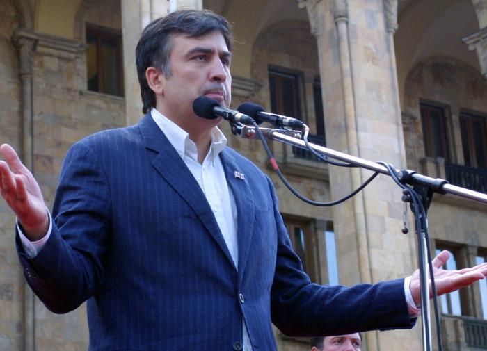 """Эксперт назвал планы Саакашвили вернуться в Грузию """"очередным блефом"""""""