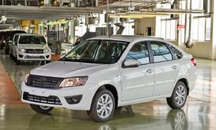 В России значительно сократилось производство легковых авто