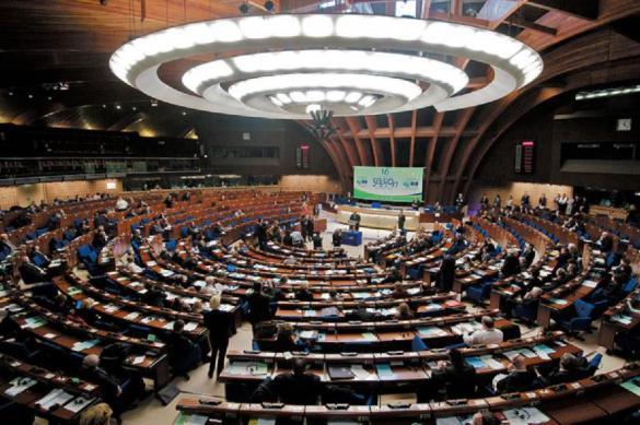 Евродепутаты требуют от ЕС быть жестче с Россией