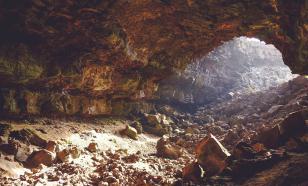 Индейцы пуэбло выжили в засуху, добывая в пещерах лёд