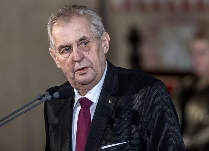 Земан попросил прощения за бомбардировки Югославии силами НАТО