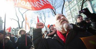 В Москве началось шествие оппозиции от Калужской площади