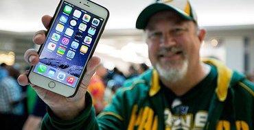 """Корпус следующего смартфона Apple будет """"жидкометаллическим"""""""