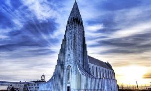 Лютеранская церковь в Исландии: магическая красота