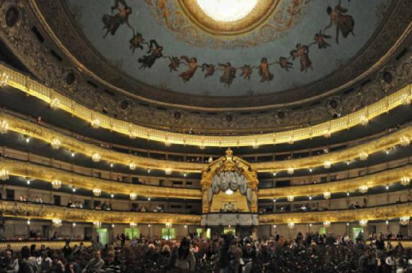 Мошенники наживаются на театрах Санкт-Петербурга перед Новым годом