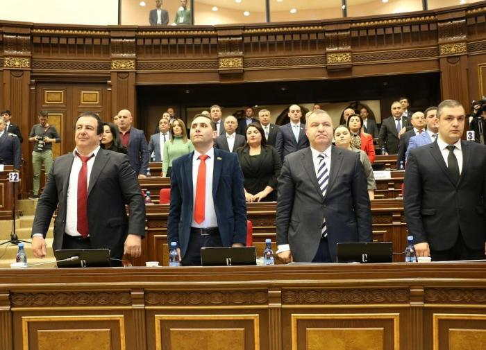 Партия Царукяна бойкотировала заседание парламента Армении