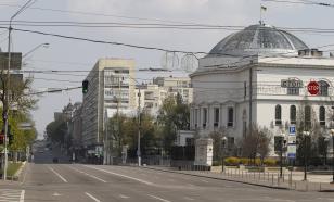 В Киеве задержали людей, уничтоживших советские декорации