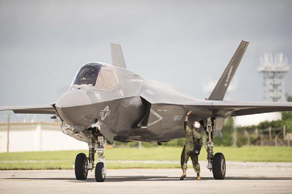 Власти США собираются приостановить обучение турецких пилотов на F-35