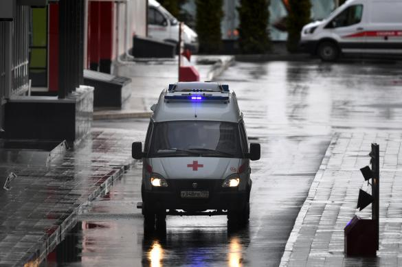 Житель Екатеринбурга напал на машину скорой помощи