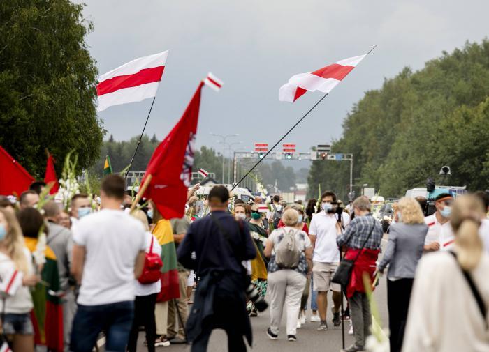 Лукашенко гасит протесты по методичке СССР