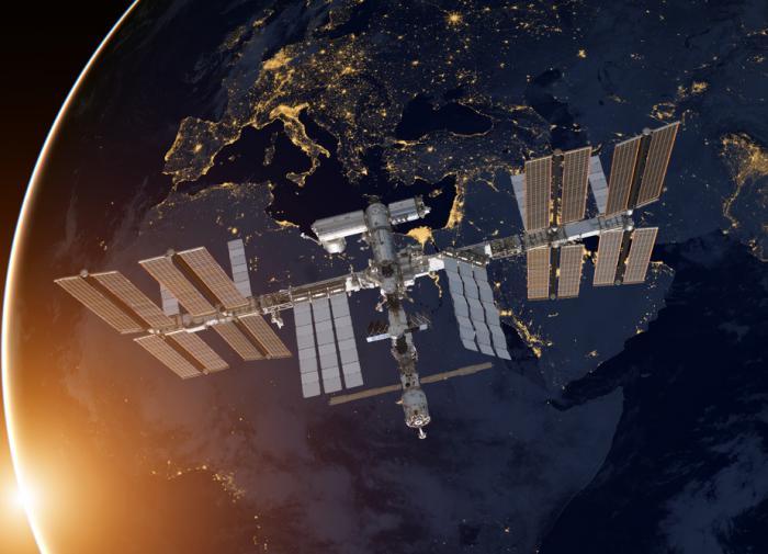 Почему МКС не для туристов, объяснил космонавт