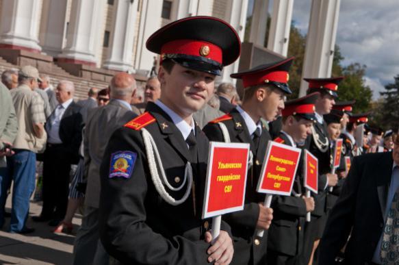 Суворовцы и нахимовцы отметили юбилей образования СВУ и НВМУ