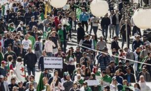 В Алжире уже год протестуют против власти