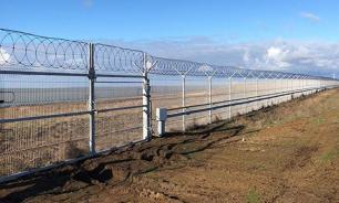 """Стена с Украиной в Крыму построена """"по рациональному расчету"""" - эксперт"""