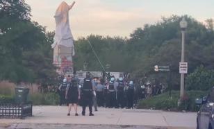Во время беспорядков в Чикаго пострадали 18 полицейских