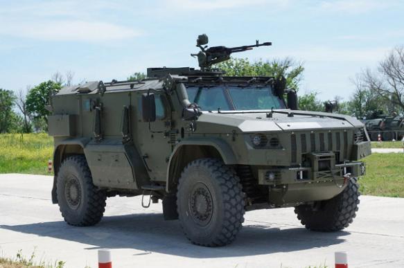 На Кубани был показан новейший бронеавтомобиль ''Тайфун-ПВО''