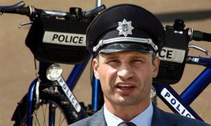 Кличко пересадит киевских полицейских на велосипеды