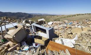 Завалы мусора угрожают городу