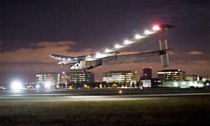 Самолет на солнечных батареях вышел из графика