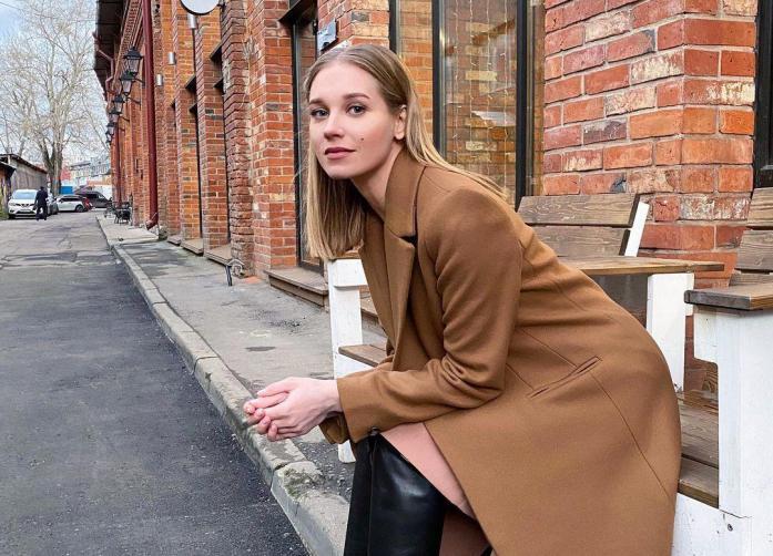 Подруга Асмус объяснила, почему актриса развелась с Харламовым