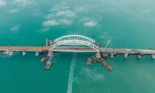 Минтранс: грузовики поедут по Крымскому мосту в середине осени