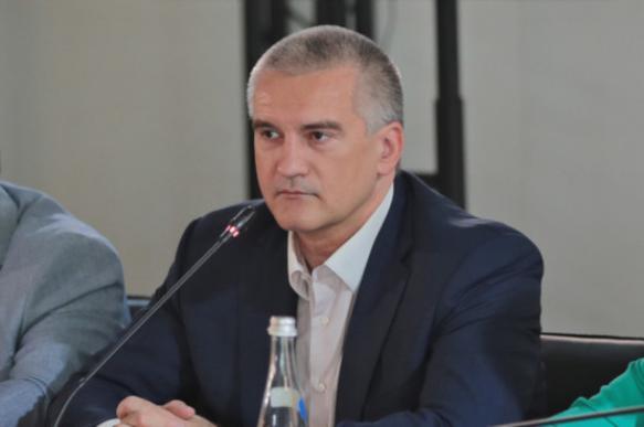 Глава Крыма выразил недоверие руководителю Ленинского района