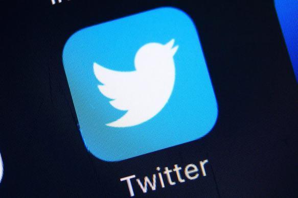 Twitter заблокировал страницу посольства России в Сирии