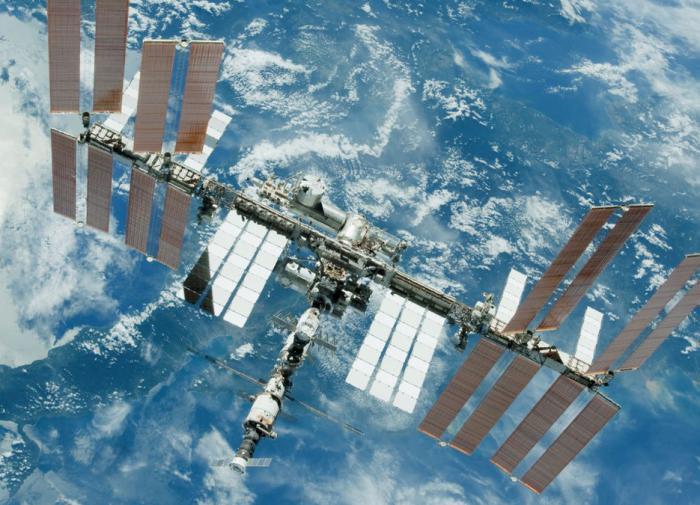 Американцы не разрешили российским космонавтам ремонтировать МКС