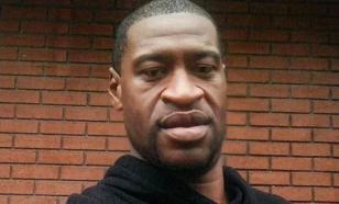 Придушившего Флойда полицейского признали виновным в его смерти