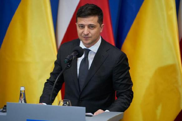 """На Украине речь Зеленского в Польше посчитали """"идиотизмом"""""""