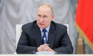 Путин попросил обеспечить стабильное производство и продажи автомобилей