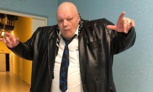 Пьяный и вооружённый Стас Барецкий атаковал Калашникову