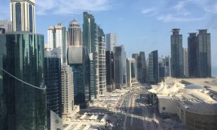 В Дохе решили покрасить дороги в голубой цвет для борьбы с жарой